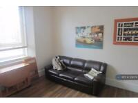 1 bedroom flat in Huntly Street, Aberdeen, AB10 (1 bed)