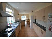 6 bedroom house in Miskin Street, Cathays, Cardiff