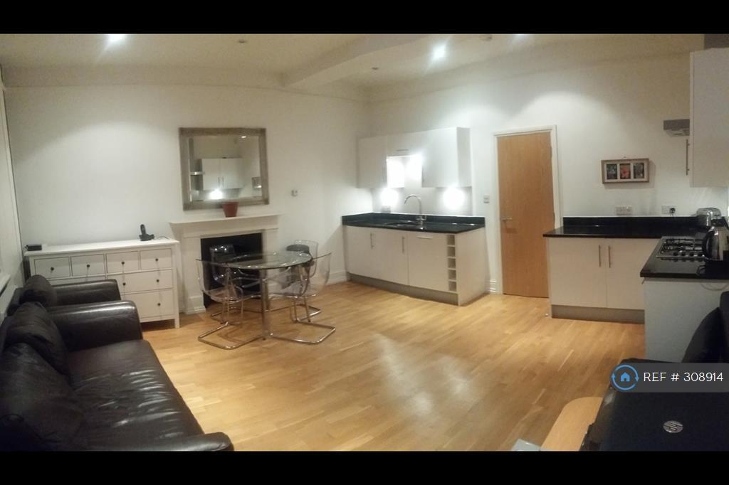 1 bedroom flat in Lupus Street, London, SW1V (1 bed)