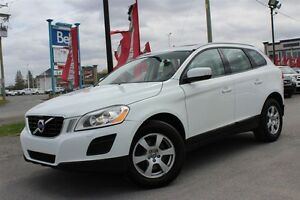 2011 Volvo XC60 3.2 Level 2,AWD, TOIT PANORAMIQUE,