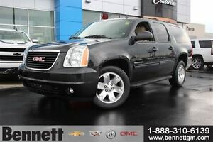 2013 GMC Yukon XL SLT - Nav, Sunroof, 20Rims