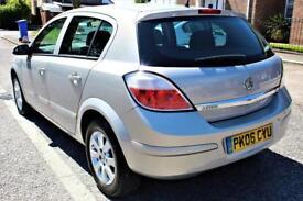Vauxhall Astra AUTOMATIC - LONG MOT