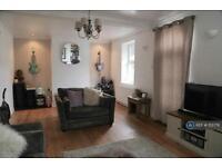 2 bedroom house in Bristol Road, Cambridge, Gloucester, GL2 (2 bed)