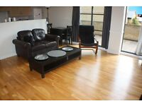 One bedroom flat to rent in Brentford FERRY QUAYS TW8 * PRIVATE TERRACE & SECURE PARKING