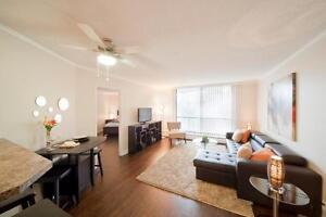 CENTRAL DOWNTOWN Location: Ideal for Working Professionals! Edmonton Edmonton Area image 2