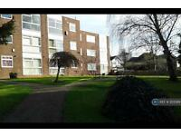 2 bedroom flat in Potters Bar, Herts, EN6 (2 bed)