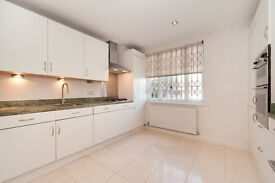 Great 4 bedroom house to rent in Chelsea, furnished or unfurnished. No agent's fees.