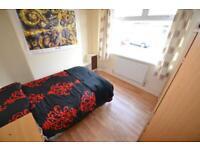 3 bedroom house in King Street, Treforest,