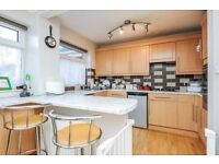 MODERN 3 BEDROOM AND 2 BATHROOM FAMILY HOME TO LET IN CIPPENHAM, SLOUGH