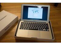 MACBOOK AIR 11.6 inch 2.0ghz i5, 4gb RAM,128GB-256gb SSD,OFFICE 2016, ADOBE CS6