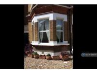 1 bedroom flat in Tierney Road, London, SW2 (1 bed)