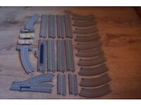 25 TRACKMASTER THOMAS AND FRIENDS TRACK PIECES