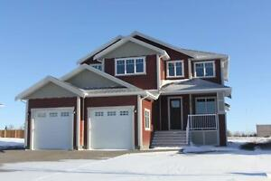 Executive 5 Bedroom Home in Cottonwoods subdivision in Coaldale!