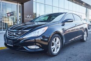 2012 Hyundai Sonata LEATHER / ROOF/HEATED SEATS AND MORE!