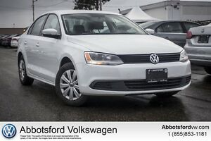 2014 Volkswagen Jetta 2.0L Trendline+ - Locally Owned/ One Owner