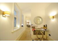 Stunning 3 Bed Flat Just 3 Mins Walk to High Street Kensington Tube Station