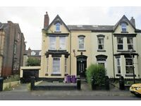 17 Belmont Dr FL2, 2 bed 1st floor flat with living room, fitted kitchen & bathroom. DSS Welcome