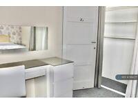 1 bedroom in Dorset Road, Canterbury, CT1 (#1164277)