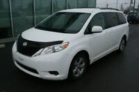 2011 Toyota Sienna LE V6 8 Passagers ** SEULEMENT 46 455KM**