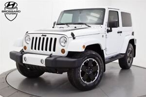 2012 Jeep Wrangler Sahara BLACK EDITION CUIR