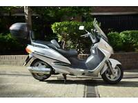 Suzuki Burgman 400cc Scooter 2000 (W)