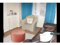 3 bedroom house in Blenheim Avenue, Manchester, M16 (3 bed)