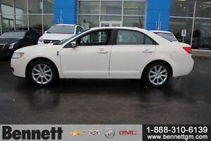 2012 Lincoln MKZ V6 AWD with NAv, Sunroof, Heated + Cooled seats Kitchener / Waterloo Kitchener Area image 6