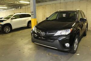 2013 Toyota RAV4 XLE + AWD + MAGS  FOGS + TOIT OUVRANT + CAM&Eac