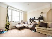 LOVELY 3 BEDROOM FLAT IN KENTISH TOWN (PERFECT FOR UCL STUDENTS) AVAILABLE NOW