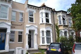 1 bedroom flat in Fortis Green, East Finchley, N2