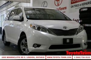 2014 Toyota Sienna ALL WHEEL DRIVE XLE WITH DVD PLAYER & SNOW TI