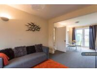 3 bedroom house in Cliffe Avenue, Hamble, Southampton, SO31 (3 bed)