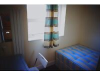 Beautiful single room in Newham, 2 weeks deposit only.