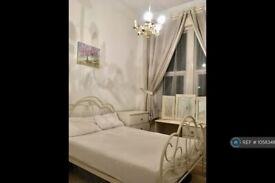 2 bedroom flat in Tulse Hill, London, SW2 (2 bed) (#1058348)