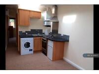 1 bedroom flat in Hale Grove Gardens, London, NW7 (1 bed)