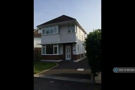 3 bedroom house in Jumpers Road, Christchurch , BH23 (3 bed) (#1167364)