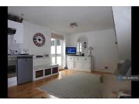 1 bedroom house in Edgington Road, London, SW16 (1 bed)