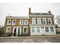 2 bedroom flat in White Horse Road, Limehouse