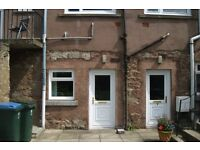 IMMACULATE TWO BEDROOMED PROPERTY AVAILABLE FOR RENT