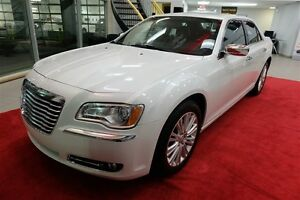 2014 Chrysler 300C AWD + TOIT + CUIR + 5.7
