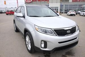 2014 Kia Sorento EX V6 PST paid! AWD, Bluetooth, A/C, Remote...