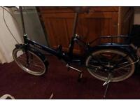 Chinon's folding shopper bike