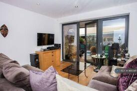 1 bedroom flat in Oval Quarter, London, SW9 (1 bed) (#969386)