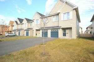 Townhome for Rent Ottawa 111 Silvermoon Crescent