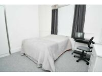 ***NO DEPOSIT. Professional Luxury Houseshare-NEWLY REFURBISHED-Athol Street South, Burnley!!!***