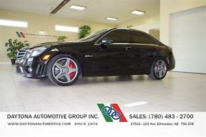 2011 Mercedes-Benz C-Class C63 AMG PERFORMANCE PACKAGE