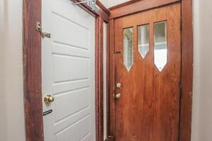 128 Briscoe Street - 2 Bedroom House for Rent London Ontario image 3
