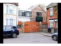 1 bedroom flat to rent in Knotts Green Road, Leyton, E10