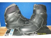 AXO ANKLE BOOTS WATERPROOF NEW