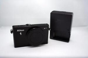 Nikon 1 J4 Mirrorless SLR (Body Only) + Wall Charger